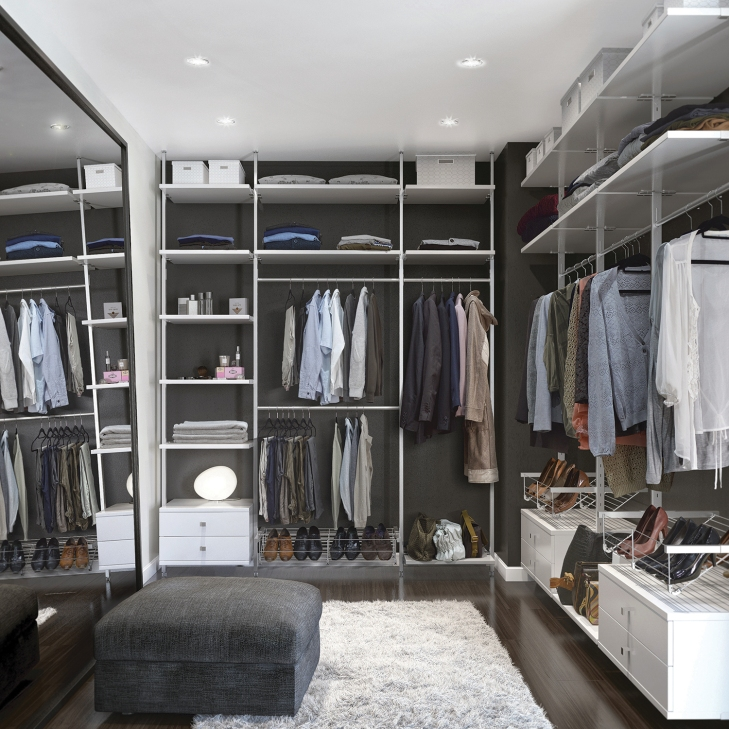 Why not create your ownwalk-in wardrobe? Bringthat touch of luxury into your bedroom.